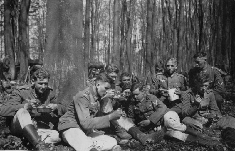 HEER et Waffen - les Gamelles M1910 et M1931 Ee13_c10