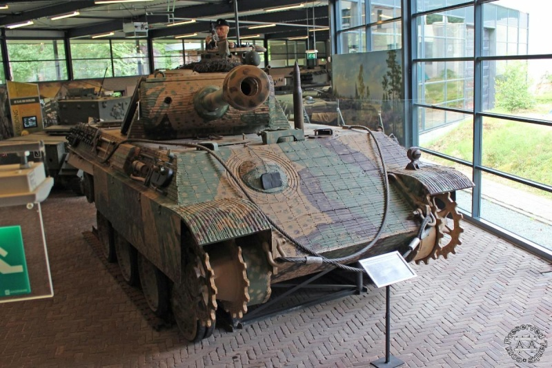Panther - Liberty Park Oorlogsmuseum - Overloon Holland Hanhhd10