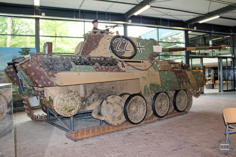 Panther - Liberty Park Oorlogsmuseum - Overloon Holland Hanued10