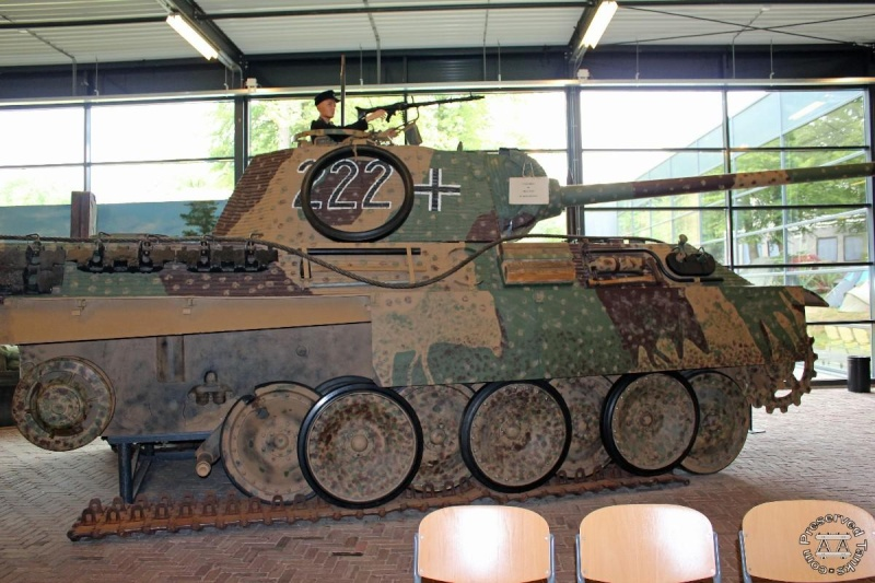 Panther - Liberty Park Oorlogsmuseum - Overloon Holland Haundl10