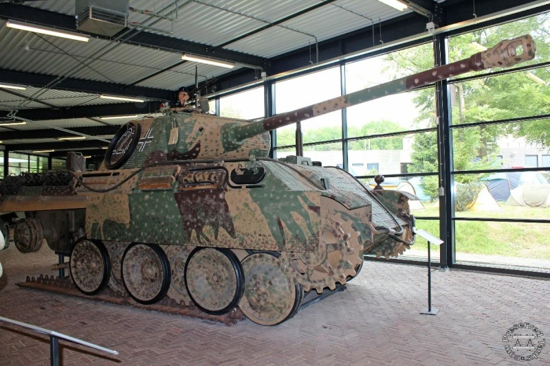 Panther - Liberty Park Oorlogsmuseum - Overloon Holland Hayund10
