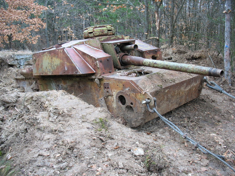 Panzer Wreck in Color !!! Img08710
