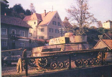 Panzer Wreck in Color !!! Kap_310
