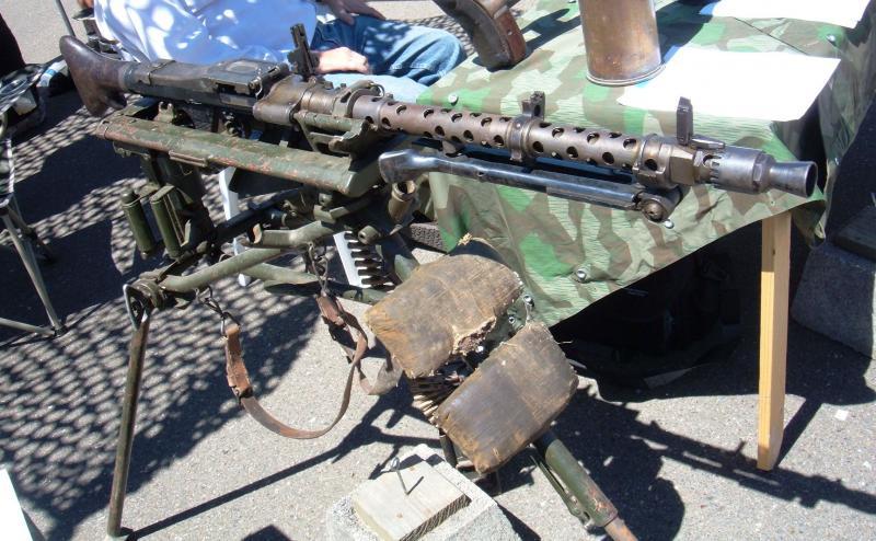 Maschinengewehr 34 - MG34 Mg_34_10