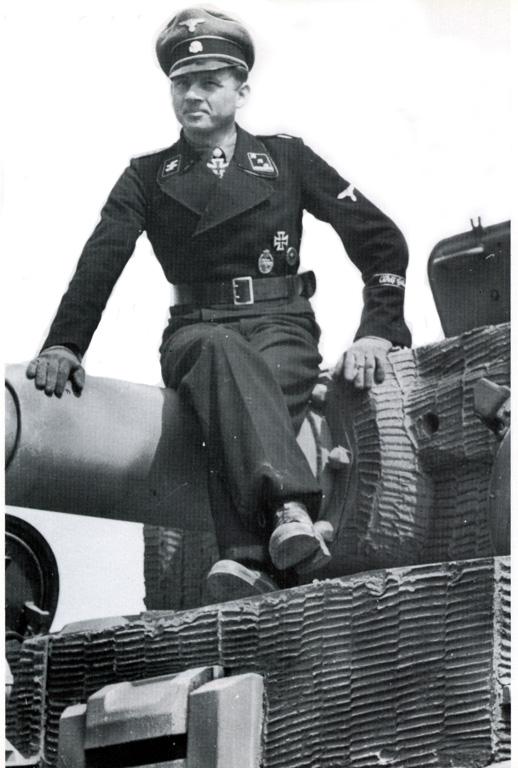Waffen SS - les Equipages de Panzer - France 44 Michal10
