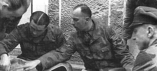 Waffen/italia - M1929 mimetico Mohnke10