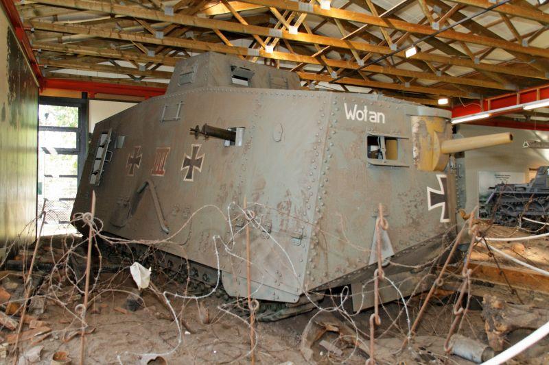 WW1 - A7V  - Munster - Panzer Museum Normal10