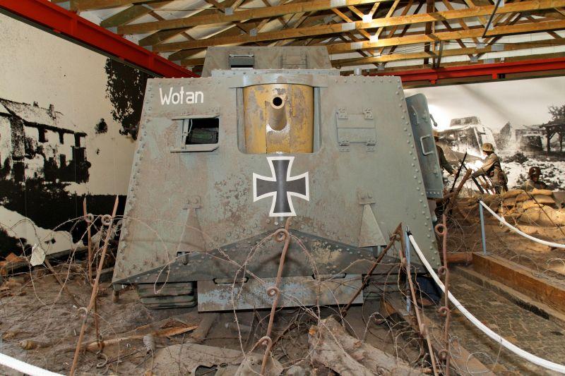 WW1 - A7V  - Munster - Panzer Museum Normal11