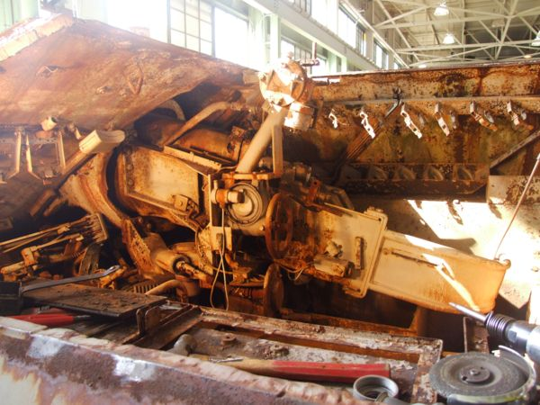 Panzer Wreck in Color !!! Nsengu11