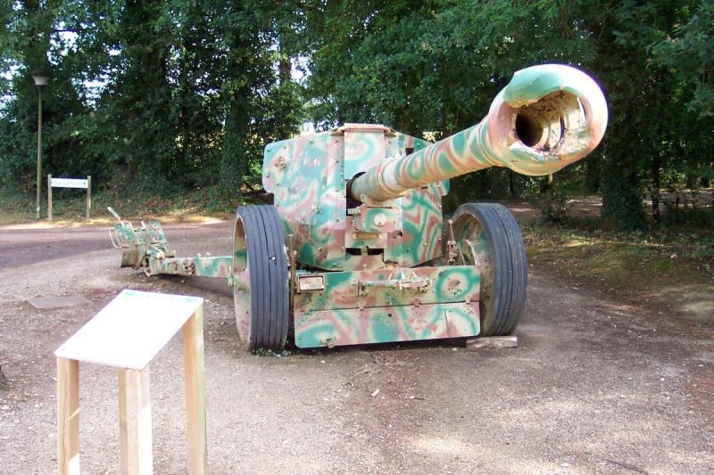 Pak 43 (Panzerabwehrkanone 43) - 88 mm Pak-4310