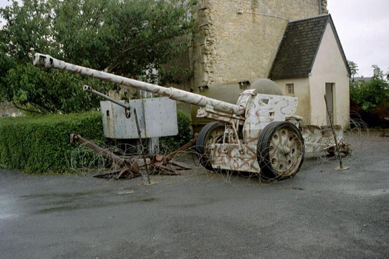 Pak 43 (Panzerabwehrkanone 43) - 88 mm Pak43-10