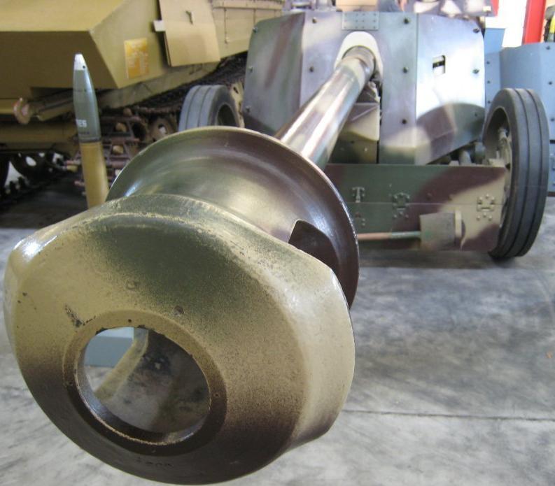 Pak 40 (Panzerabwehrkanone 40) - 75 mm Pak75-10