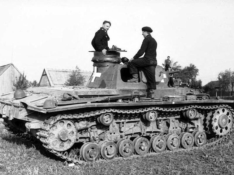 Panzerkampfwagen - Panzer III Panze110