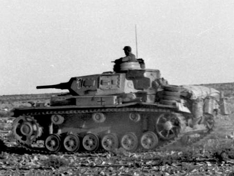 Panzerkampfwagen - Panzer III Panze115