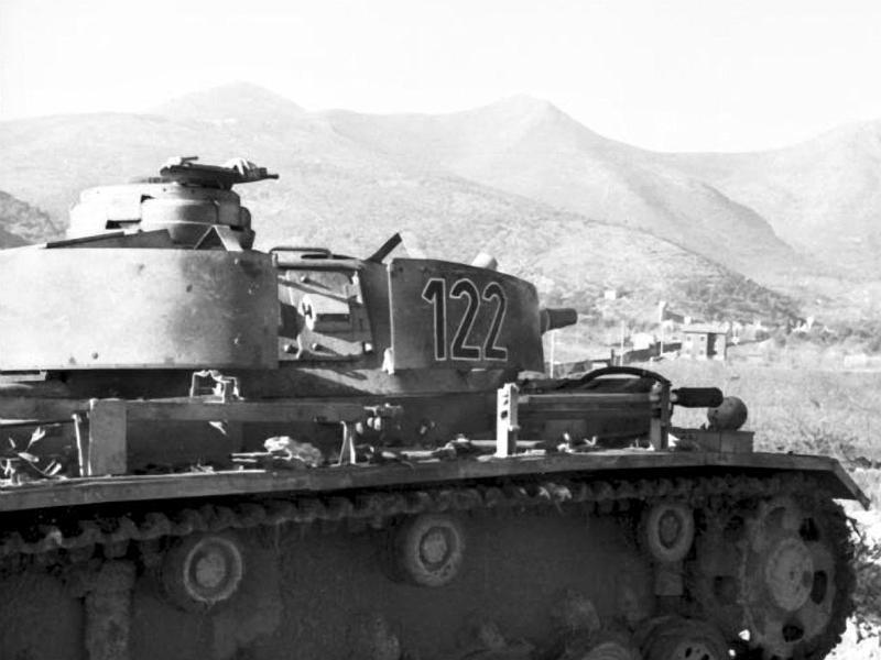 Panzerkampfwagen - Panzer III Panze116