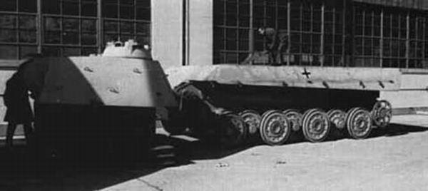 Panther II ou Panther ausf F  Panze149