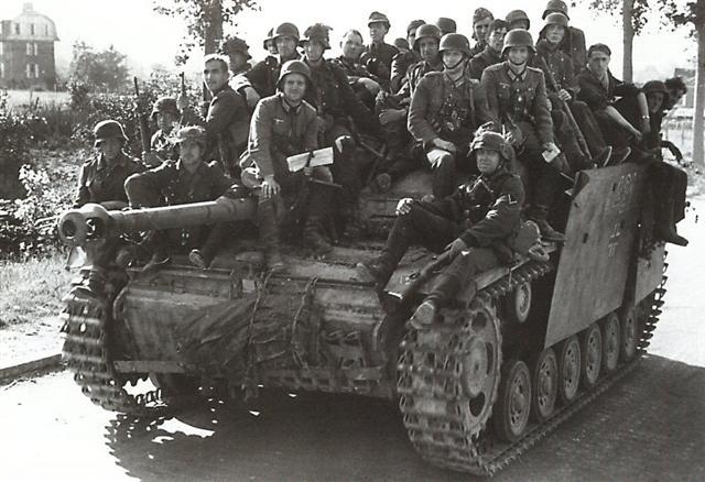 Sturmgeschütz III Panze157