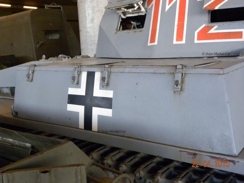 PANZER II AUSF. C - Canada War Museum Panzer28