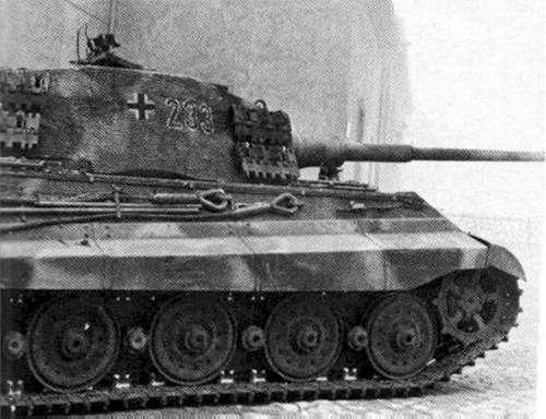 Panzerkampfwagen VI - Königstiger Pzvib_10