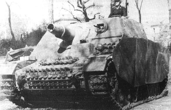 Sturmpanzer IV - Brummbär ! Rad60a10