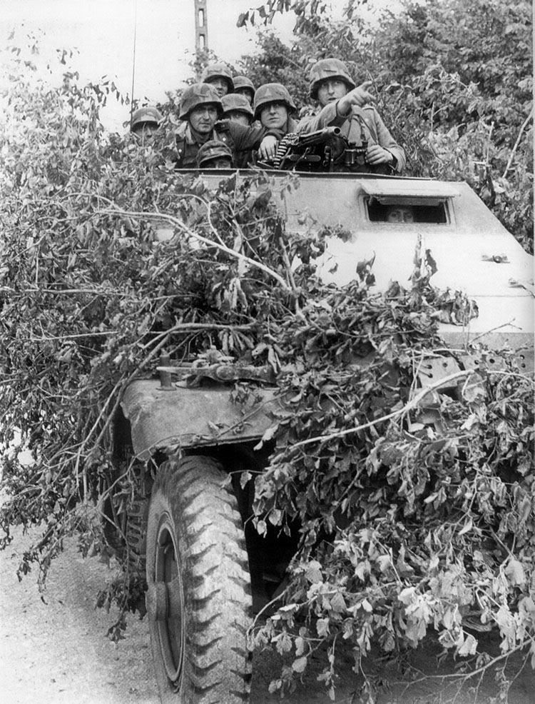130e Panzerdivision - Panzer Lehr  Sc041a10