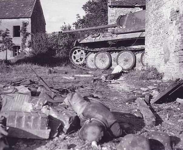 Panzer Wreck - Normandie 1944 Slmair10