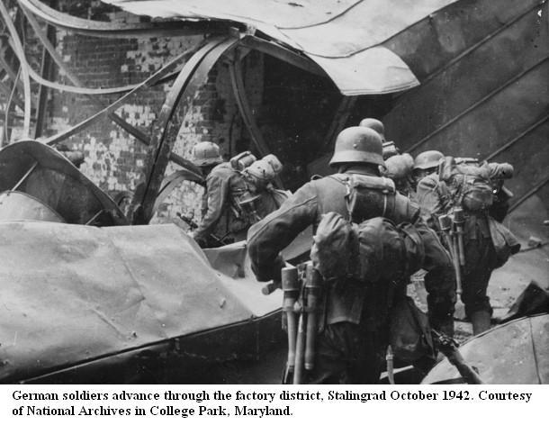 STALINGRAD !!! - 17 Juillet 42 / 2 Fevrier 1943 Stalin10