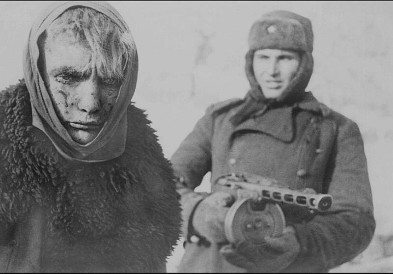 STALINGRAD !!! - 17 Juillet 42 / 2 Fevrier 1943 Stalin11