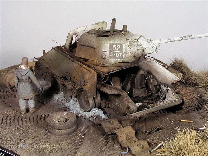 Destroyed T-34/76 mod.1943 - Kharkov, February 1943 T3476_12