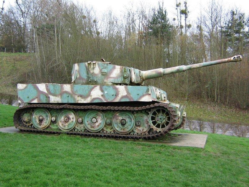 Le Tigre de vimoutiers - France Tiger_13
