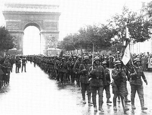 Reportage - PARIS sous l'occupation Waffen17