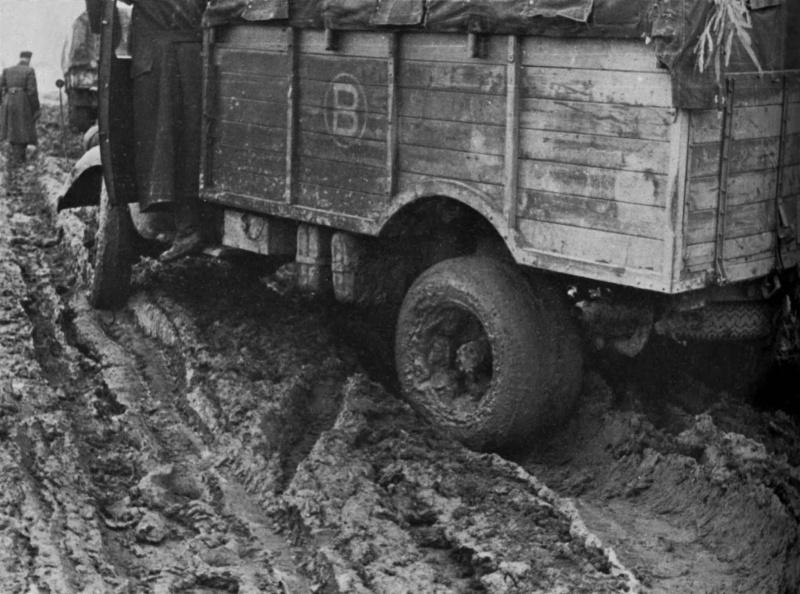 L'Enfer Russe !!! le froid et la boue ... Photos Zz4bb110