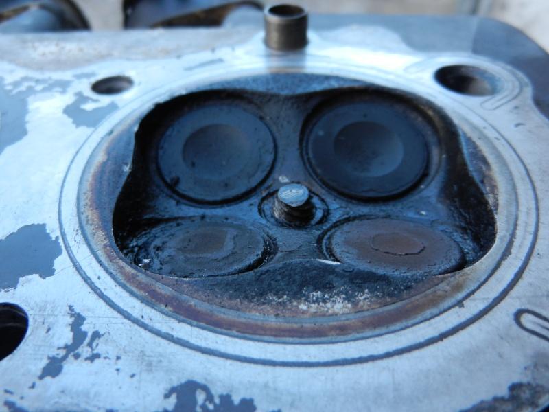 Truc pour enlever une bougie cassée dans la tête moteur Dscn0223