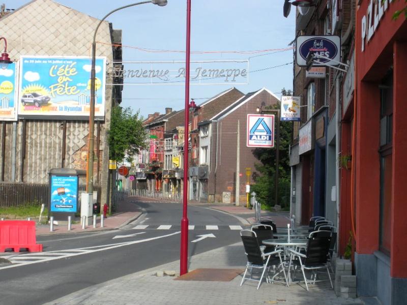 LE TEMPLE ANTOINISTE DE JEMEPPE SUR MEUSE, BELGIQUE Dscn1010