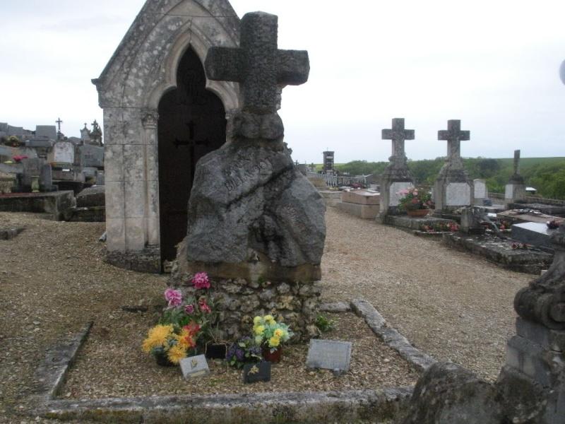 La Tombe de Jules Charles Ernest Billaudot dit le Mage Edmond  La_tom22