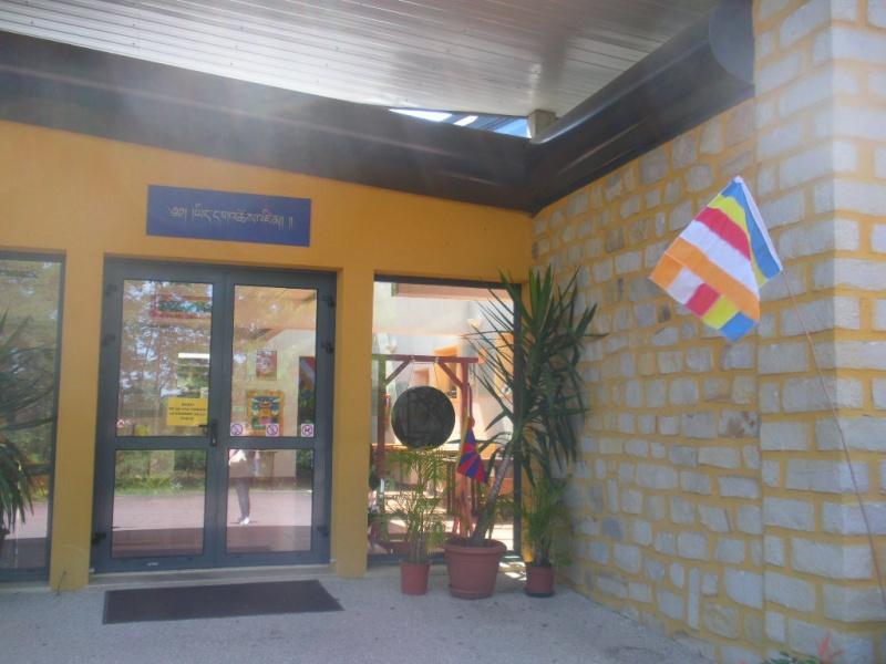 l'Institut Ganden Ling sous l'autorité spirituelle du Vénérable Dagpo Rimpotché Lainst10