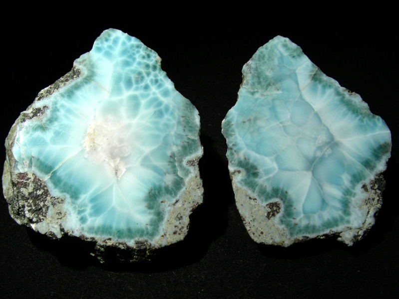 Larimar, la pierre bleu de l'Atlantide Larima12