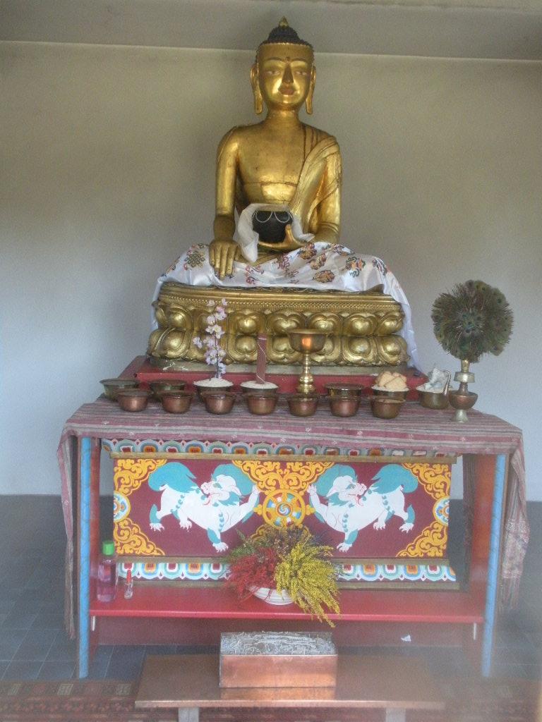 Le temple des Milles Bouddhas en Bourgogne Le_tem15