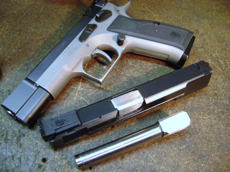 Le calibre 40S&W votre avis? Dsc00817