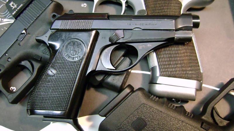 Un petit pistolet en 22 Dsc07613