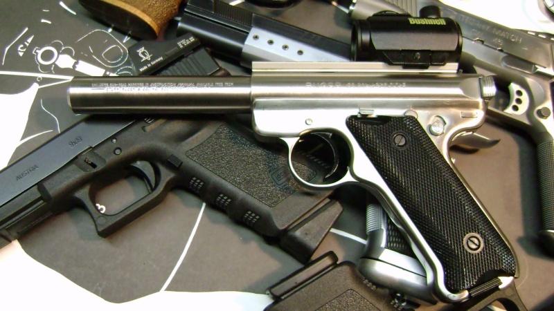 Un petit pistolet en 22 Dsc07615
