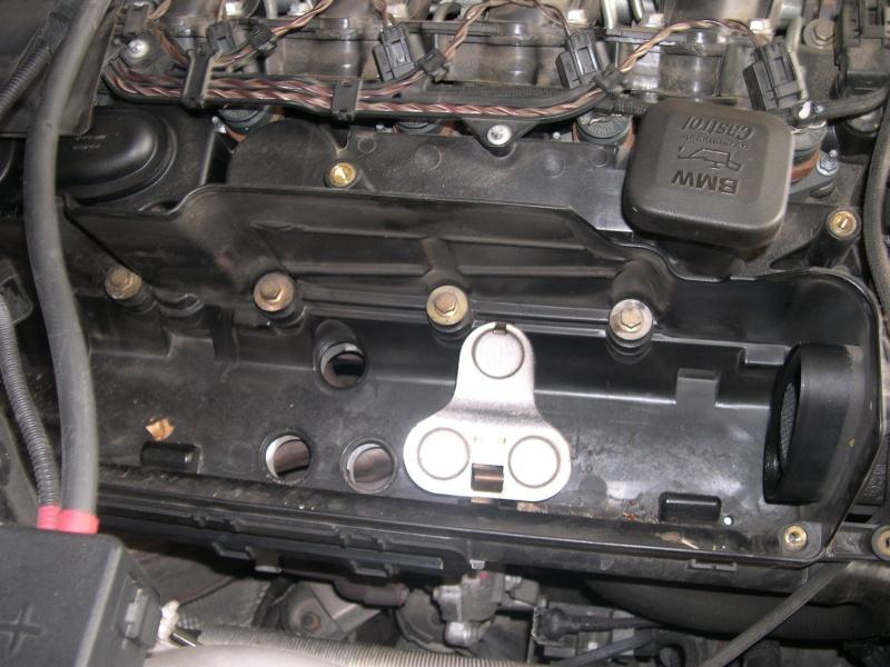 [Moteur M57N] Dépose du turbo Dscn0313