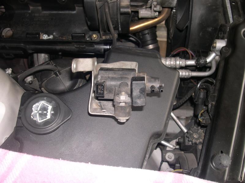 [Moteur M57N] Dépose du turbo Dscn0316