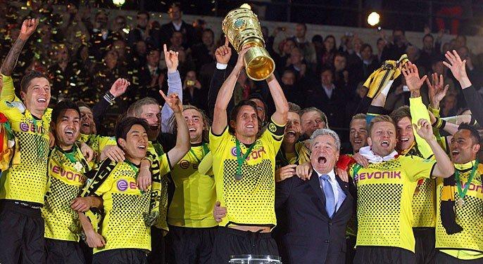 [ALL] DFB Pokal 2011-2012 - Page 2 Bvb_ju10