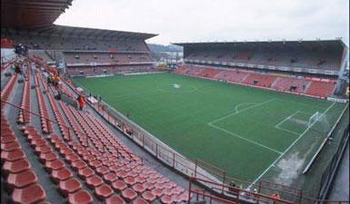 Eté 2013: le stade mystère Stade_13