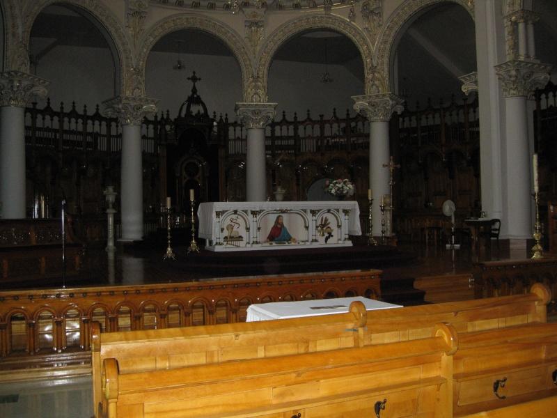 La Cathédrale de Cristal appartient maintenant à l'Église Catholique ! - Page 2 Cathad11