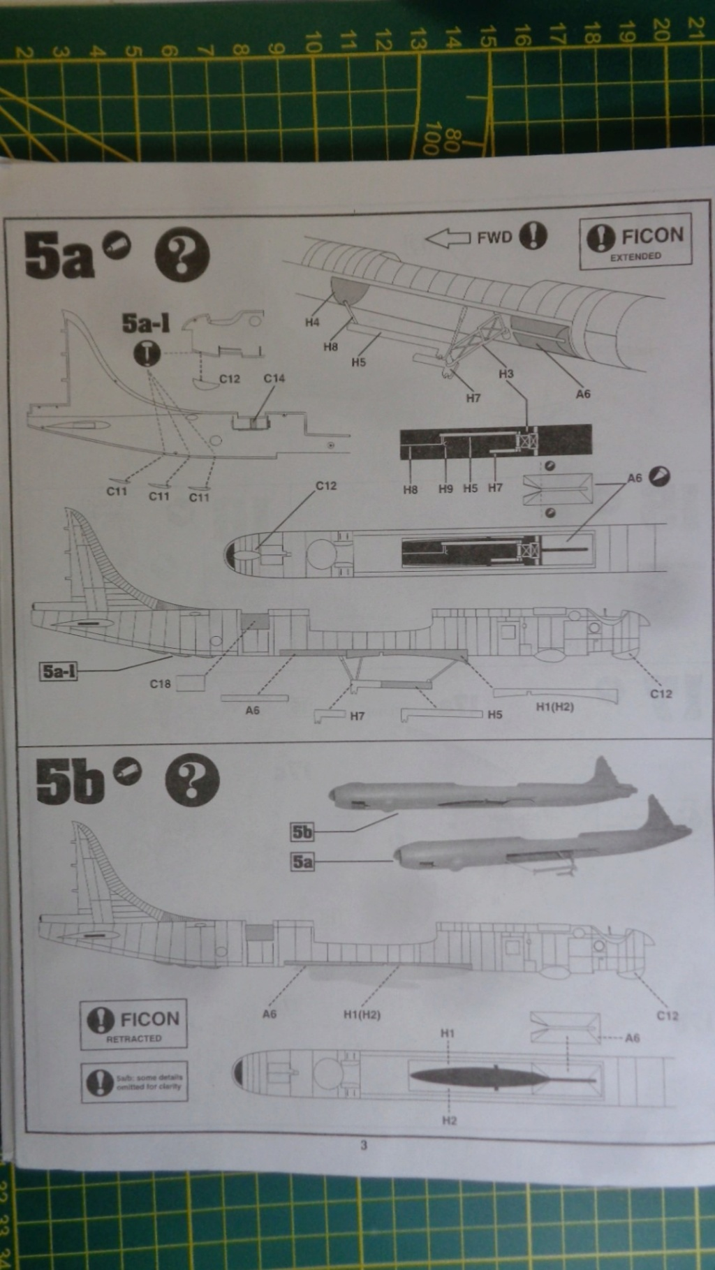 "CONVAIR GRB-36 ""Ficon"" HobyCraft Dsc05031"