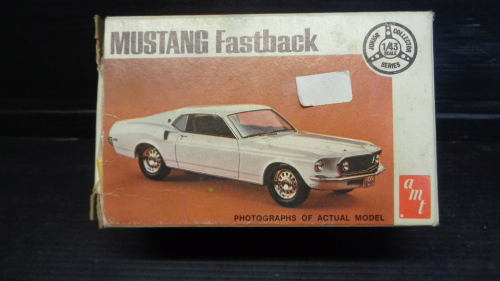 Mustang fast back 69 1/43 amt  Dsc05317