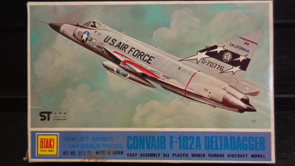 """CONVAIR F 102 A """"DELTA DAGGER"""" 1/144 ARII et Otaki 1/144 Dsc05738"""