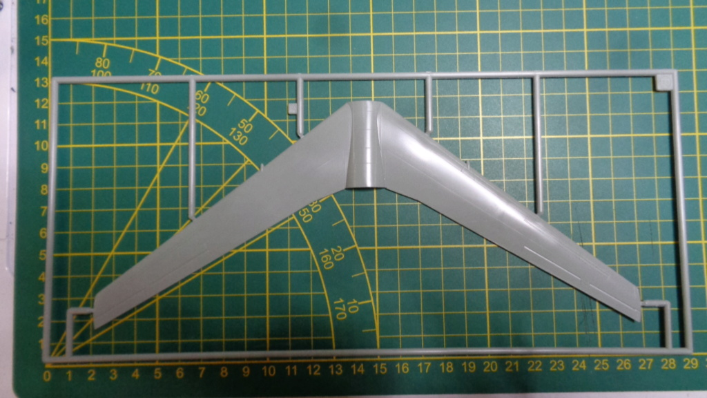 Academy Boeing B 47 B, E & RB 47 H 1/144 Ref: 12618 Dsc05848